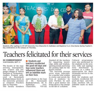 Teachers felicitated for their services